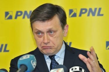crin-antonescu-a-demisionat-din-conducerea-pnl-1401113073