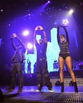 03 jay-z-kanye-west-rihanna-run-this-town-roc-illuminati-pyramid-freemason-sign-triangle-devil